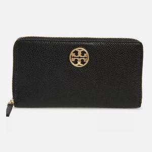 Tory Burch Carson Zip Continental Wallet Black